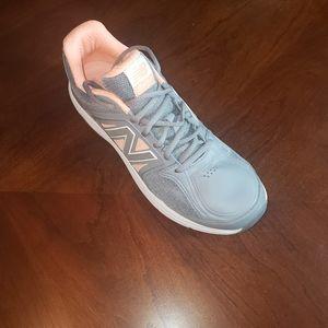 New Balance Women's Walking Shoes  Sz 11